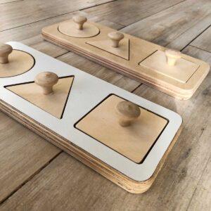 resaques encastres de formas simples Montessori